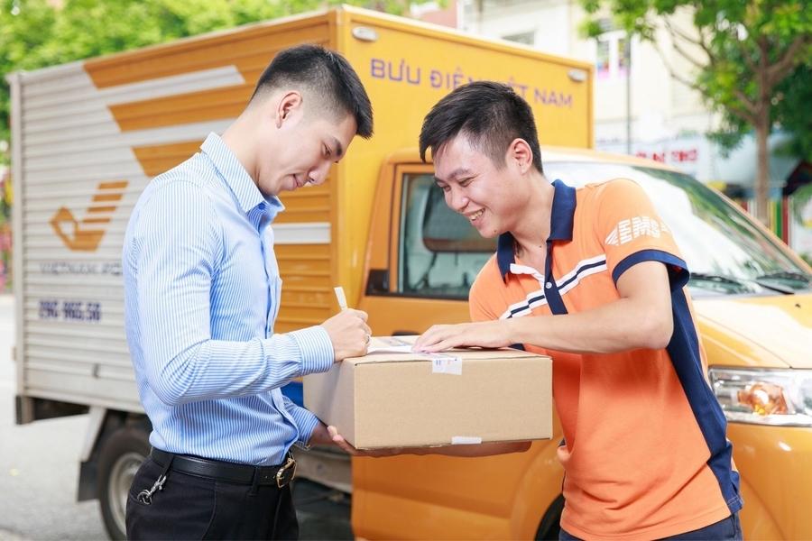 Giá chuyển phát nhanh bưu điện mới nhất